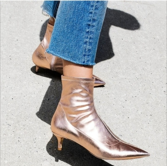 c39374e02c Free People Shoes - FREE PEOPLE Marilyn Metallic Kitten Heel Bootie